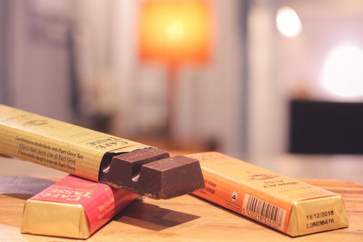 チョコレートを食べる前にじっくり香りを楽しむ